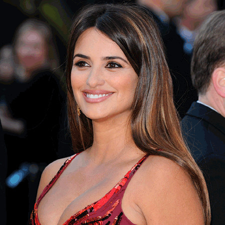 Penelope Cruz Bio, Fact - married, affair, divorce, spouse, net worth