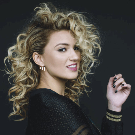 Tori Kelly Bio Fact Married Affair Divorce Boyfriend