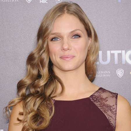 And Dating David Tracy Lyons Spiridakos Are