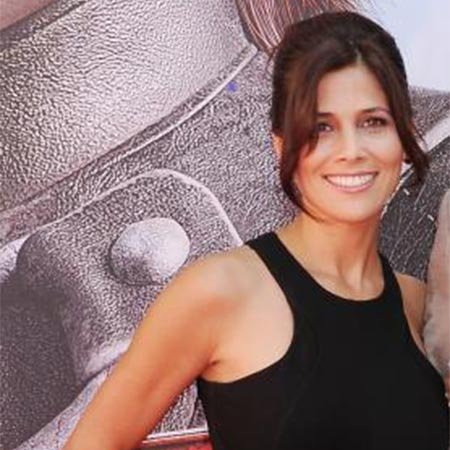 Kelly Paniagua Bio fact age height net worth salaryNick Frost And Wife
