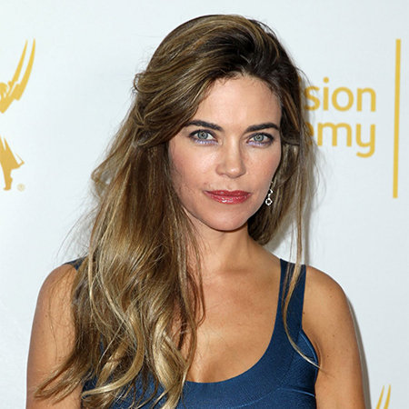 Amelia Heinle Nude Photos 25