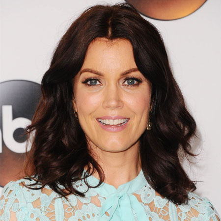 bellamy personals On tuesday morning (august 14, 2018) the sun-times reported the 48-year-old actress bellamy young and her boyfriend, to be shopping for engagement rings naturally, the article sent the.