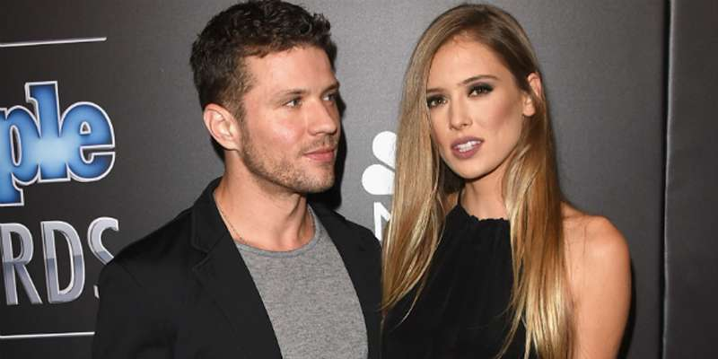Ryan Phillippe and his Girl Friend Paulina Slagter got Engaged