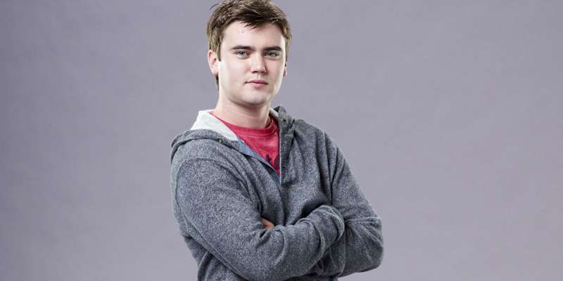 Canadian actor Cameron Bright is single. Is he gay or dating anyone?