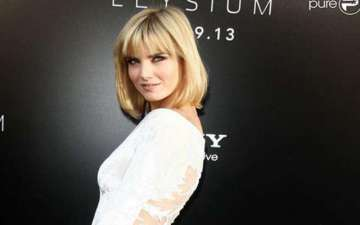 Russian actress Eugenia Kuzmina wants to date again