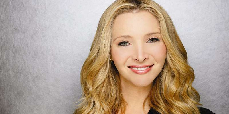 Emmy award winner Lisa Kudrow reveals her thought on Joey and Phoebe of 'Friends'