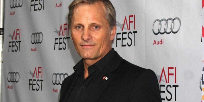 Who is Young Viggo Mortensen married with? How successful is Young's earning?