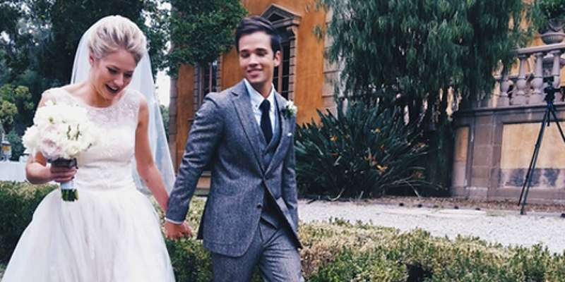 iCarly Nathan Kress and wife London Elise Moore married for almost a year without divorce issues