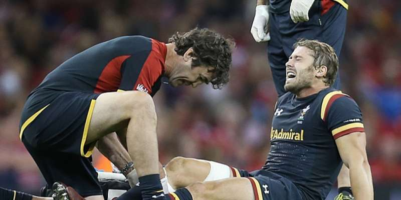 Leigh Halfpenny's future at Toulon in doubt after the 2015 incident! Come back after Injury
