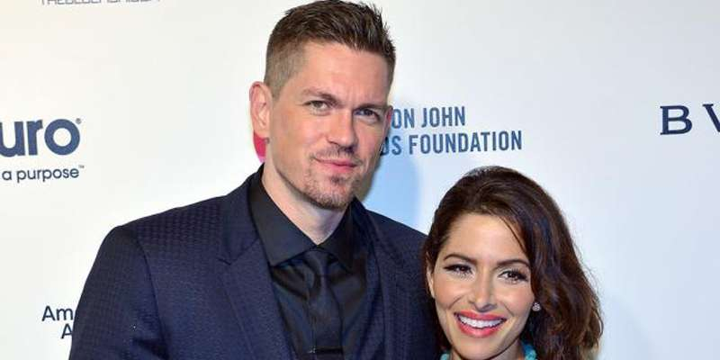 Steve Howey and Sarah Shahi welcome new members home: Violet Moon and Knox Blue