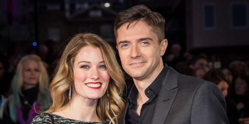 'That '70s Show' actor Topher Grace marries American model Ashley Hinshaw in a closely-held ceremony