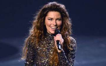 Shania Twain to return in Las Vegas with a show featuring music from her new album within a year