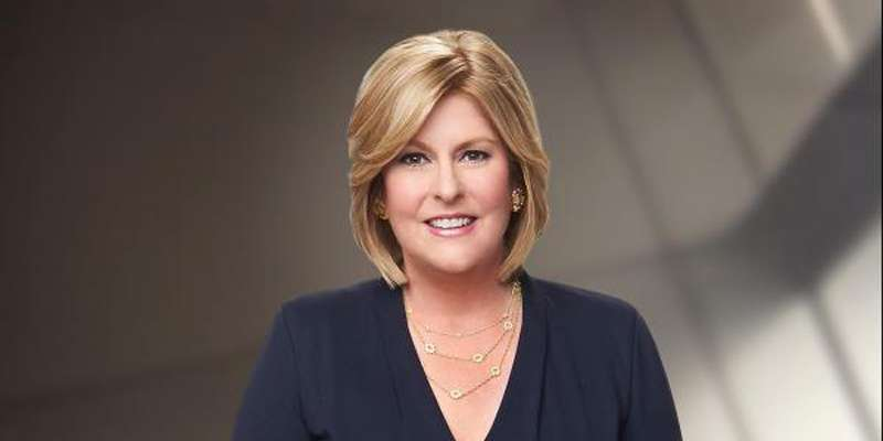 Sue Herera announces on air that NFL's Twitter account was hacked and Roger Goodell is alive