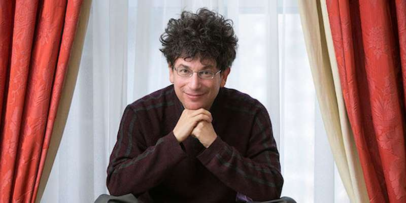 Bestselling author James Altucher boldly claims that America doesn't need a president