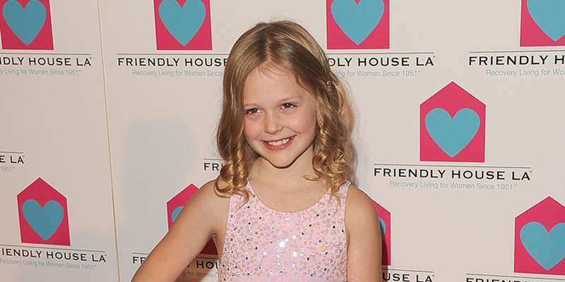 Revenge's Amanda Clarke Emily Alyn Lind busy filming a new horror-comedy movie 'The Babysitter'