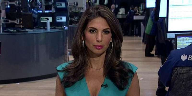 Married For 18 Years Nicole Petallides And Husband Nicholas Tsiolas
