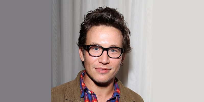 Are Jonathan Taylor Thomas And Natalie Wright Married? Is Natalie His wife? His Affairs Revealed