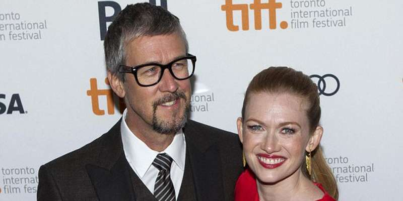 Will 19 years of age difference eventually cost Alan Ruck and his wife Mireille Enos their marriage? Children?