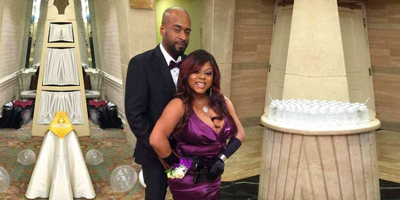 Countess Vaughn and boyfriend engaged as they will get married soon. Who is the soon-to-be husband?