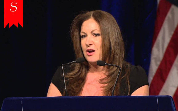 Leslie Marshall Net Worth 2017: Where does she get all the money from?
