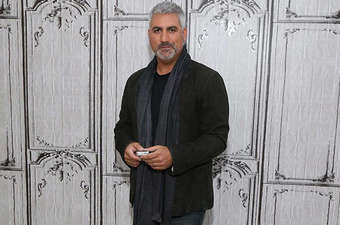 Taylor Hicks is Dating Girlfriend Caroline Lyders: Rumored to Be Married, Past Affais