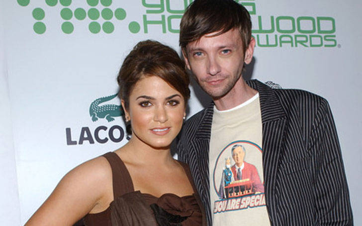 DJ Qualls not dating anyone after breaking up  girlfriend Nikki Reed.