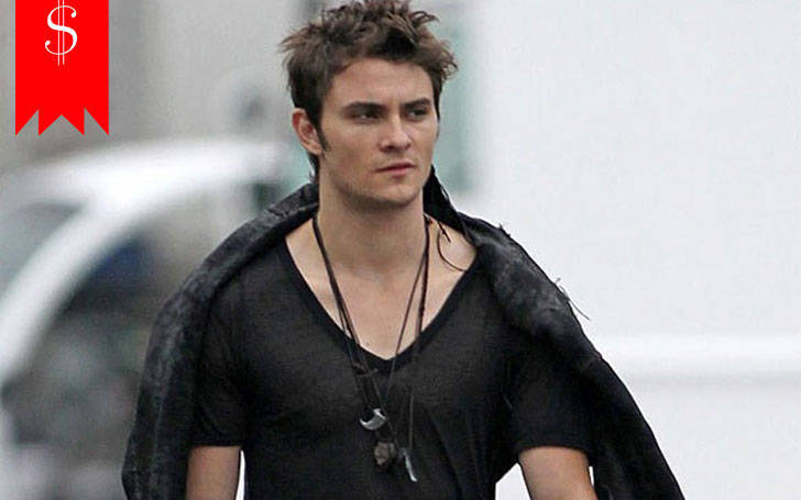 Shiloh Fernandez's Net Worth in 2017; His earnings are incredible as his career