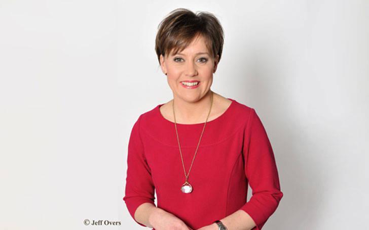 News presenter Sally Bundock married Paul Bundock in 1999 and living happily as husband and wife