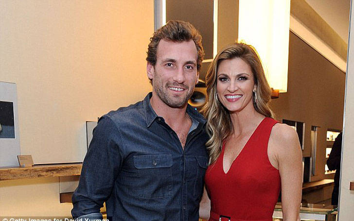 Erin Andrews: Cancer Patient engaged with her partner Jarret Stoll and living happily