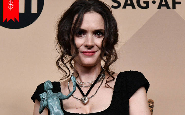 Know about Winona Ryder strange looks in SAG Awards, Find out her net worth and career