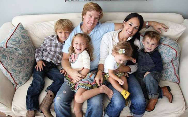 Joanna gaines married chip gaines and living happily as ...