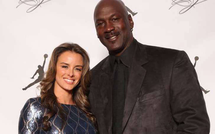 Michael Jordan Married Yvette Prieto and living happily as husband and wife with their children