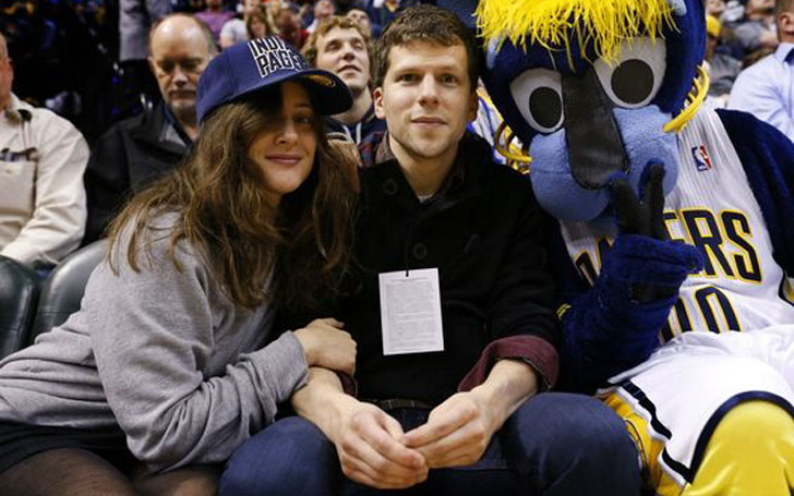 Actor Jesse Eisenberg expecting First Child With Girlfriend Anna Strout, Dated Mia Wasikowska