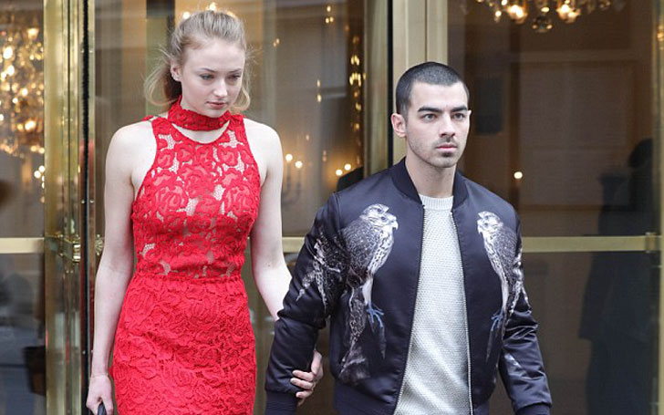 Game Of Thrones' Sophie Turner Looks Adorable With Boyfriend Joe Jonas, Happy Spending Time Together