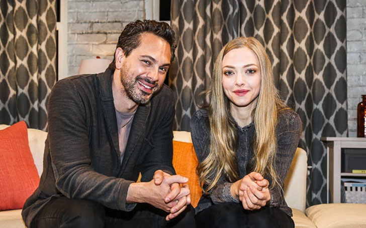 Amanda Seyfried Secretly Married her boyfriend Thomas Sadoski. Fears after nude photo scandal