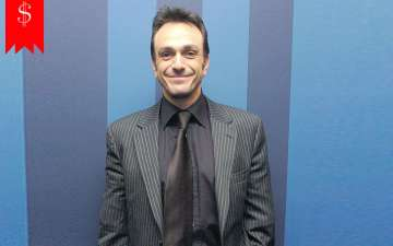 How much is Hank Azaria net worth? Know about his Career and awards