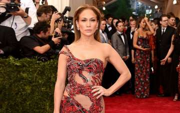 Jennifer Lopez Wore 4 Perfect Outfits in 24 Hours. Check out the dress.