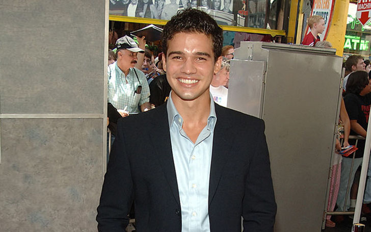 Is Actor Steven Strait Still Single or Dating Someone After his Divorce from Lynn Collins?