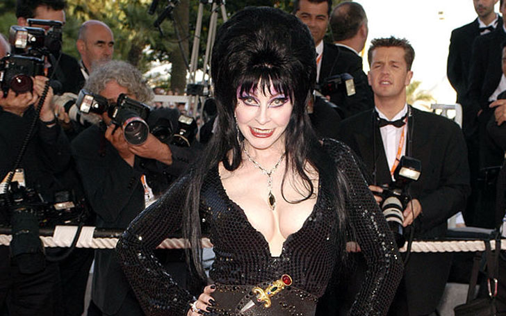 Actress Cassandra Peterson is Single or Married?Know about her Current Affairs after her Divorce
