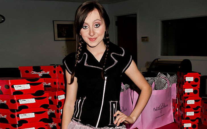 Allisyn Ashley Arm 2009