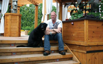 53 Years Mike Holmes is single or Married,Know about his Married Life and Relationship