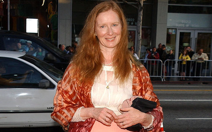 REVEALED: The Story Behind Frances Conroy Eye, Also Know Her Married Life, Affairs And Husband