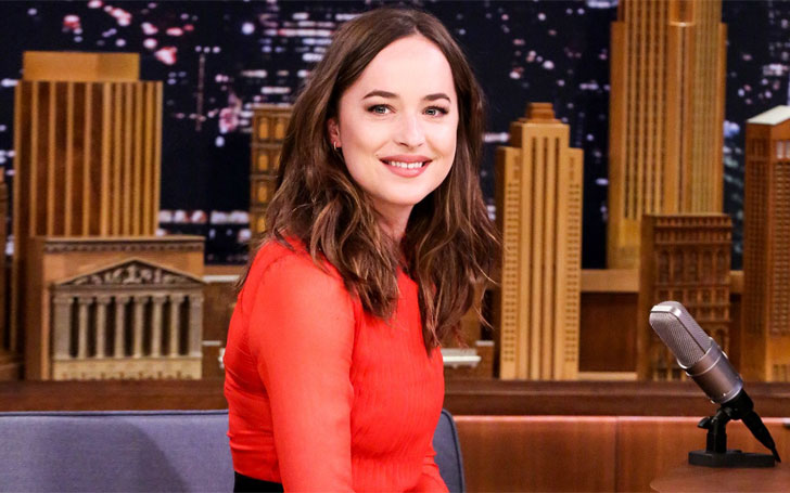 Fifty Shades Of Grey's Dakota Johnson Has Long List Of Boyfriends, Know Her Affairs And Relationship