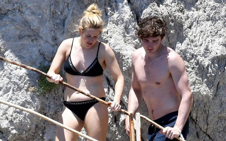 Ellie Goulding & Beau Caspar Jopling Caught Kissing During Italy Trip, Know about their Relationship