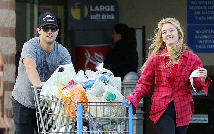 Billie Lourd And Her Boyfriend Taylor Lautner Splits After 8 Months Of Dating, Know in Details