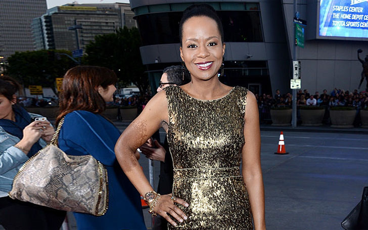 Tempestt Bledsoe still single or Married? In Relationship for 24 years with Darry M Bell