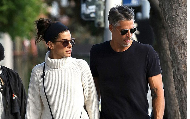 Sandra Bullock currently single after romance with Bryan Randall, Know her Affairs and Relationship