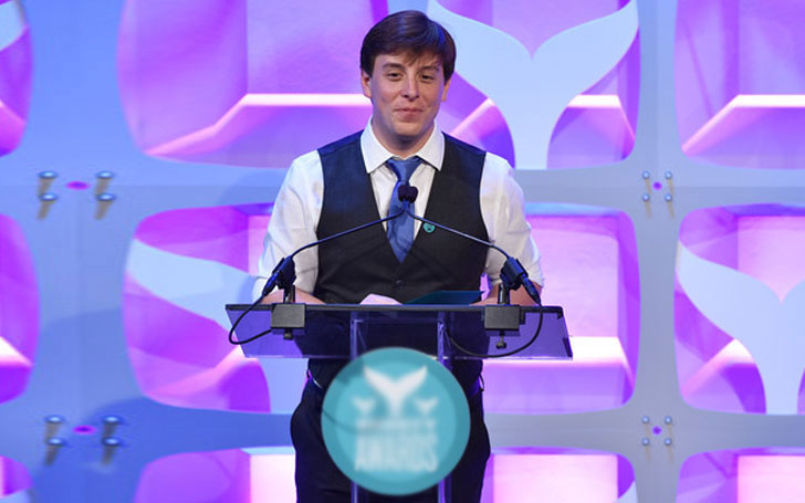 29 Years Thomas Sanders is still Single,Who is he Dating Currently? Know about his Affairs