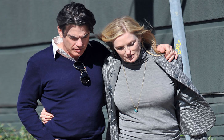 Peter Gallagher's wife Paula Harwood's Married Life: Know Their Relationship and Children
