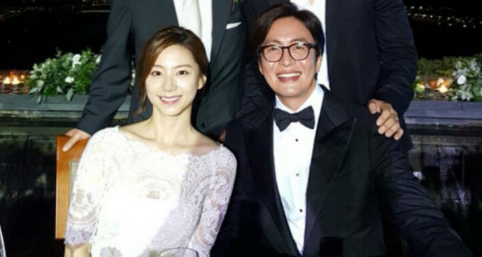 Bae Yong-joon is Living Happily With Husband Park Soo-jin and Children, Without any Divorce Rumor